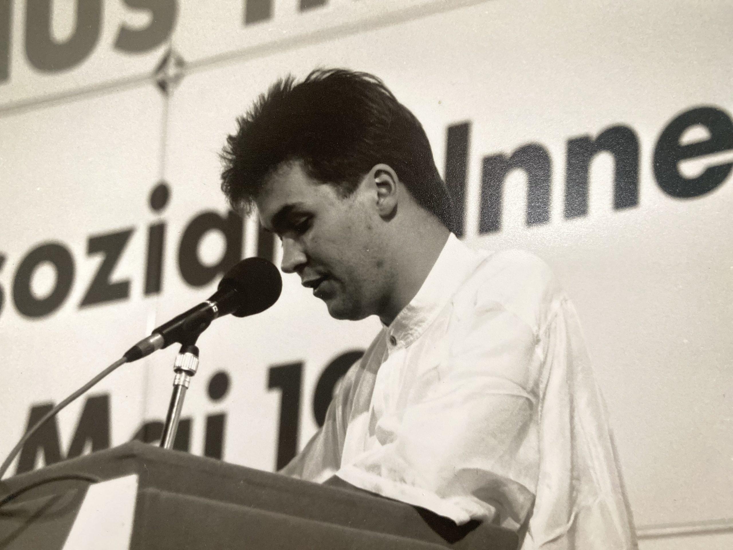 Bundesvorsitzender der Jusos in einer bewegten Zeit zum Beginn der 90er Jahre.